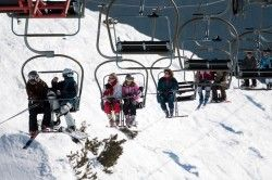 chairlift-383208_640